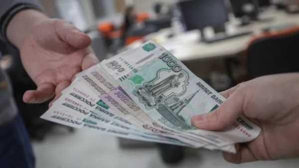 попросить деньги у знакомых