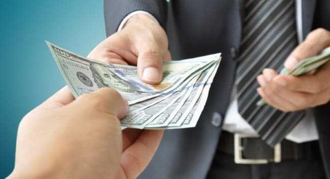 передача денег из рук в руки под расписку