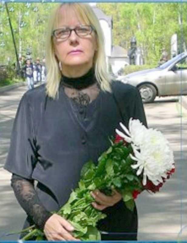 Это мое фото при посещении могилок моих сыновей