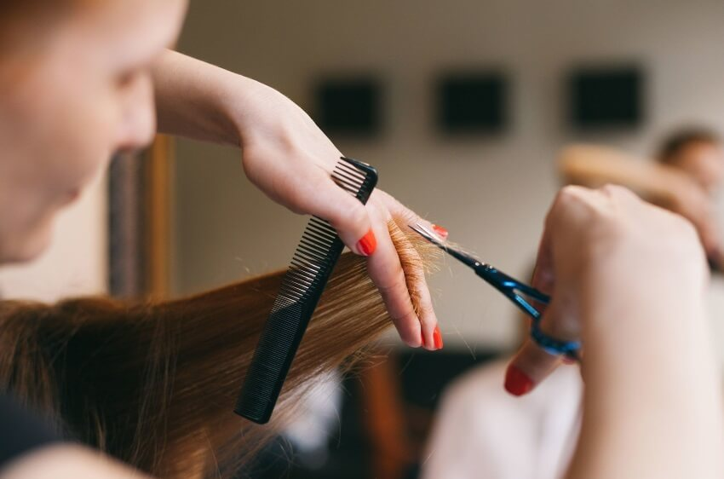 заработок парикмахером в декретном отпуске