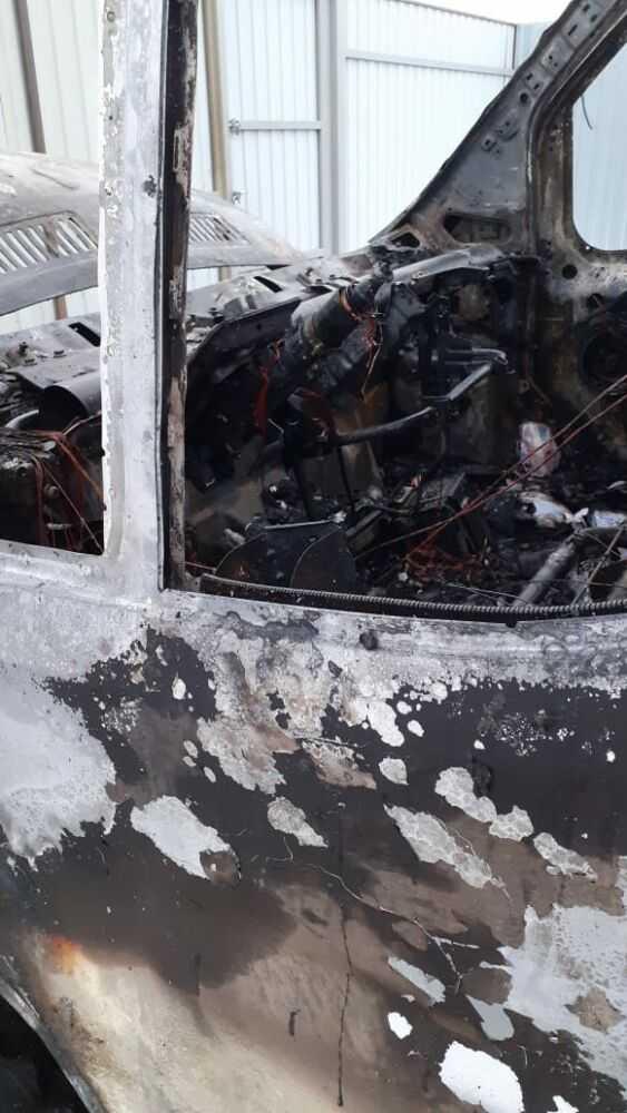 машина после пожара