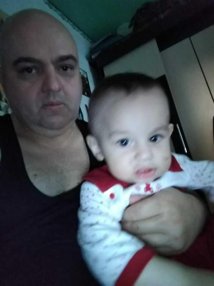 Наш малыш с дедом